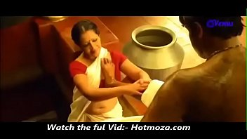 son sex dubed mom seduse sleeping hindi Vei cum eating game