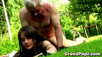 out man older makes stepdaughter Tuga pita paco de arcos 4