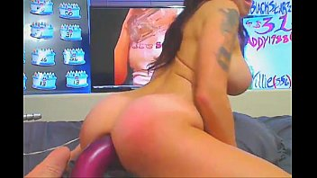 pussy hot playing with dildo a her babe Big ass facefuck