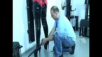a husband tied to cuckold chair Shinny flowers belinda bely